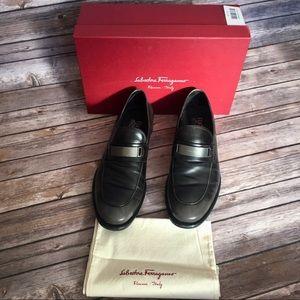 Men's Salvatore Ferragamo Loafers 11 black